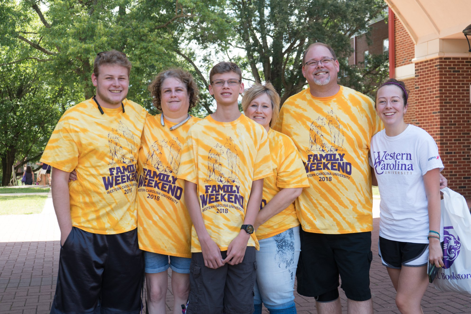 WCU Students and their Family on Family Weekend