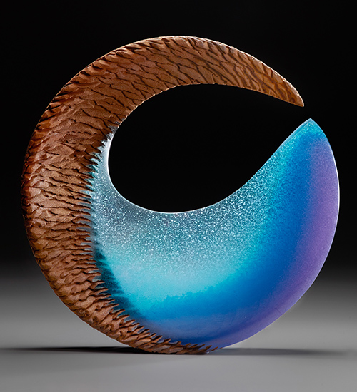 Alex Bernstein, Aqua Fin, cast and cut glass, fused steel, 21 x 21 x 2.75 inches, Image credit: Steve Mann