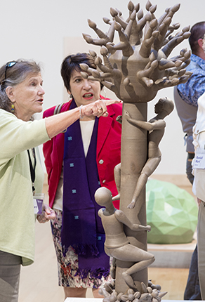 Bardo Arts Center Reception Women with Sculpture