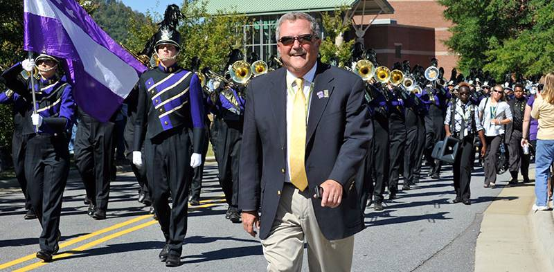 Bob Buckner Marches with the Band
